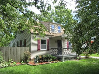 Elyria Single Family Home For Sale: 135 Beebe Avenue