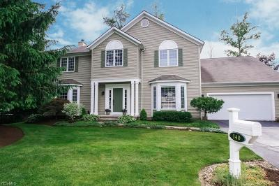 Chagrin Falls Single Family Home For Sale: 140 Holly Lane