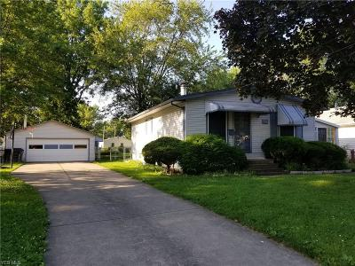 Elyria Single Family Home Active Under Contract: 550 Delaware Avenue
