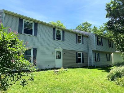 Chardon Single Family Home For Sale: 10477 Auburn Road