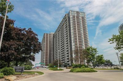Lakewood Condo/Townhouse For Sale: 12900 Lake Avenue #PH15