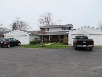 Elyria Condo/Townhouse For Sale: 8949 W Ridge Road