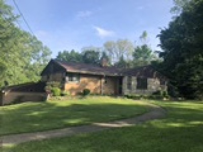 Willoughby Single Family Home For Sale: 35410 Ridge Road