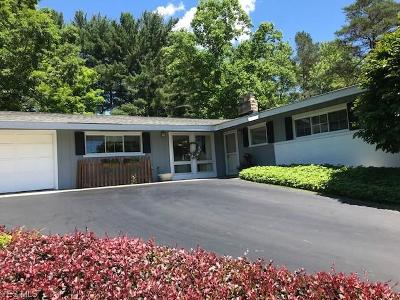 Chagrin Falls Single Family Home Active Under Contract: 136 Locust Lane