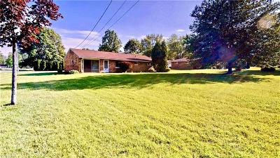 Macedonia Single Family Home For Sale: 1308 Laurel Drive