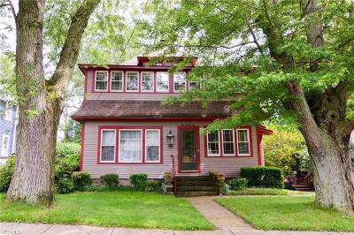 Chardon Single Family Home For Sale: 121 Goodrich Court