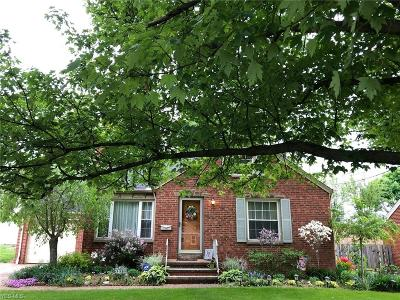 Fairview Park Single Family Home For Sale: 21900 Hillsdale Avenue
