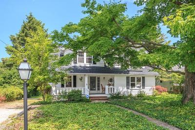 Willoughby Single Family Home For Sale: 38890 Willodale Drive