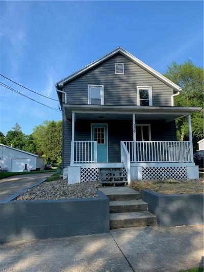 Conneaut Single Family Home For Sale: 606 Sherman Street