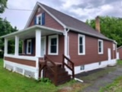 Youngstown Single Family Home For Sale: 218 Matta