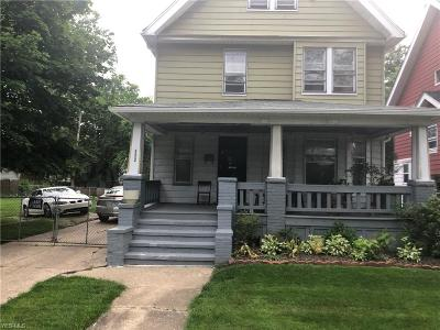 Cleveland Single Family Home For Sale: 472 E 124th Street