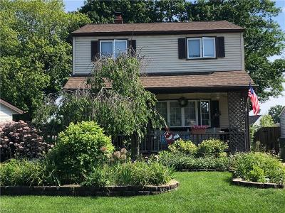 Willowick Single Family Home For Sale: 30840 Bayridge Boulevard