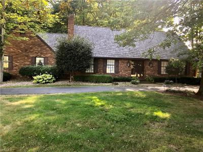 Warren Single Family Home For Sale: 461 Westchester Drive