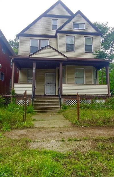 Cleveland Single Family Home For Sale: 1622 E 84th Street
