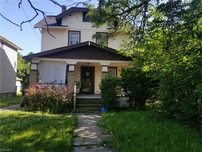 Cleveland Single Family Home For Sale: 13802 Darley Avenue