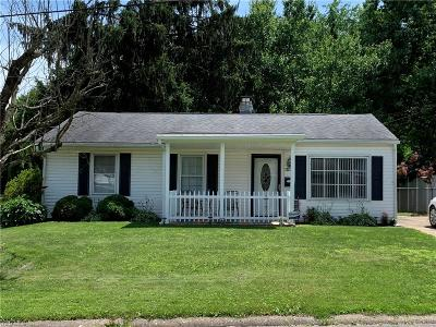 Zanesville OH Single Family Home For Sale: $74,000