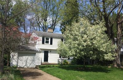 Massillon Single Family Home For Sale: 887 Campbell Circle