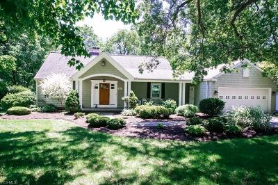 Chagrin Falls Single Family Home Active Under Contract: 8451 Rockspring Drive