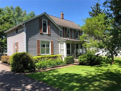 Chagrin Falls Single Family Home For Sale: 305 N Cleveland Street