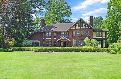 Shaker Heights Single Family Home For Sale: 16800 S Park Boulevard