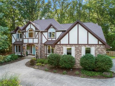 Solon Single Family Home Active Under Contract: 6818 Teasel Court