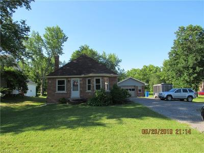 Orwell Single Family Home Active Under Contract: 192 E Main Usr 322 Street