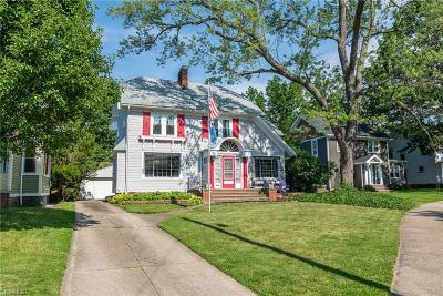Lakewood Single Family Home For Sale: 1591 Saint Charles Avenue