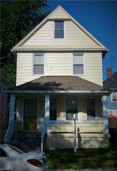 Single Family Home For Sale: 1658 W 69th Street