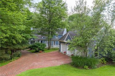 Chagrin Falls Single Family Home For Sale: 16908 Catsden Road