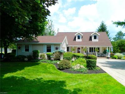 Twinsburg OH Single Family Home Active Under Contract: $240,000