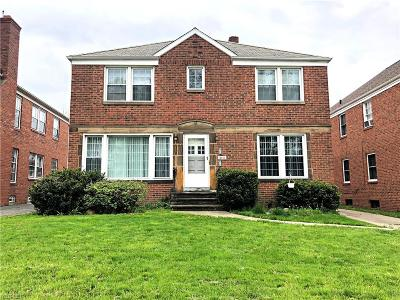 Cleveland Multi Family Home For Sale: 13806 Cedar Road