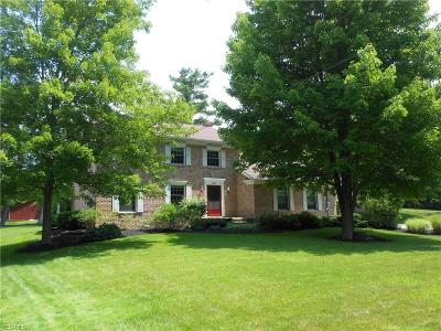 Canfield Single Family Home For Sale: 2910 Whispering Pines Drive