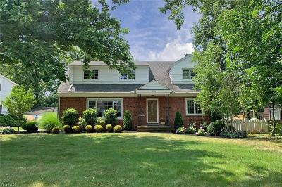 Shaker Heights Single Family Home For Sale: 14418 S Woodland Road