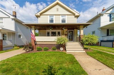Lakewood Single Family Home Active Under Contract: 1641 Wyandotte Avenue