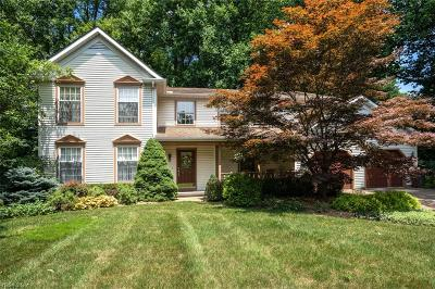 Mentor Single Family Home For Sale: 8707 Harvest Home Drive