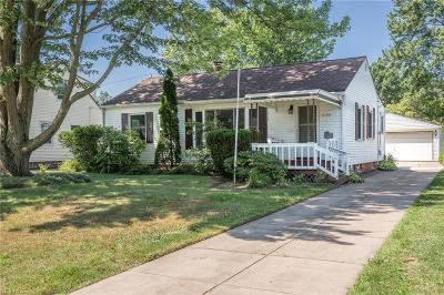 Willoughby Single Family Home For Sale: 5184 Chestnut Hill Drive