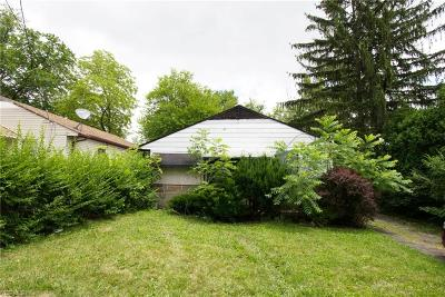 Cleveland Single Family Home For Sale: 4629 E 173rd Street