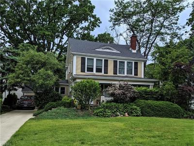 Lakewood Single Family Home For Sale: 1280 Overlook Road