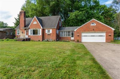 North Olmsted Single Family Home For Sale: 4180 Porter Road