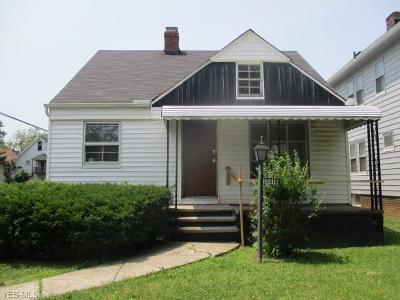 Cleveland Single Family Home For Sale: 3616 E 153rd Street