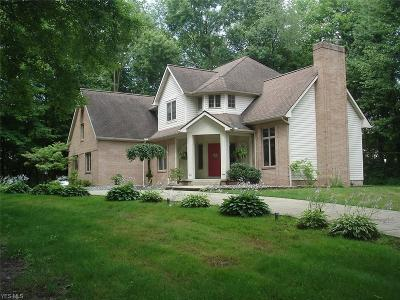 Canfield Single Family Home For Sale: 4546 Quaker Court