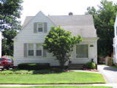 Single Family Home Active Under Contract: 1161 Piermont Road