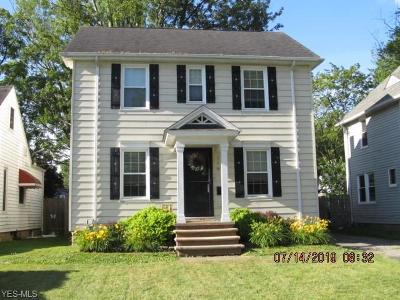 Elyria Single Family Home For Sale: 119 Stanford Avenue