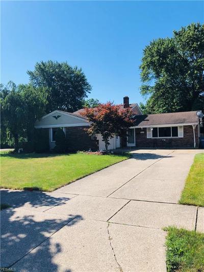 Fairview Park Single Family Home For Sale: 21311 Robinhood Avenue