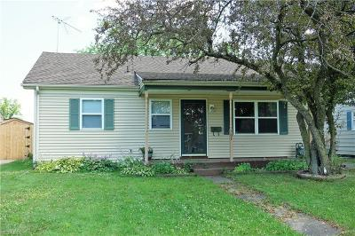 Elyria Single Family Home Active Under Contract: 367 Roosevelt Avenue