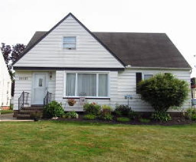 Middleburg Heights Single Family Home For Sale: 16431 Craigmere Drive