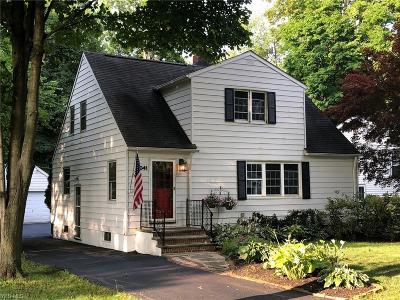 Chagrin Falls Single Family Home Active Under Contract: 7041 Oak Street