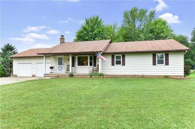 Broadview Heights Single Family Home For Sale: 1758 W Edgerton Road