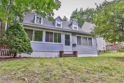 Single Family Home For Sale: 1414 Girard Street