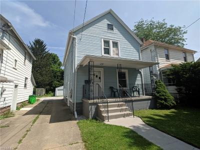 Single Family Home For Sale: 953 W Hopocan Avenue